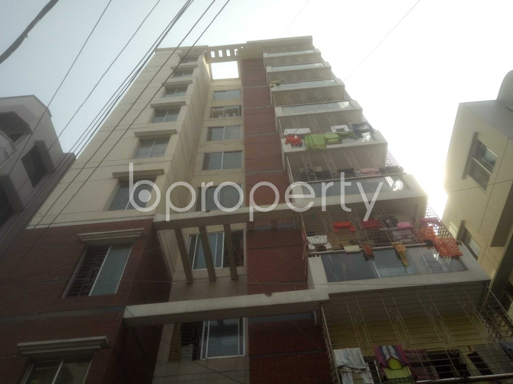 Front view - 3 Bed Apartment to Rent in Mirpur, Dhaka - 1995342