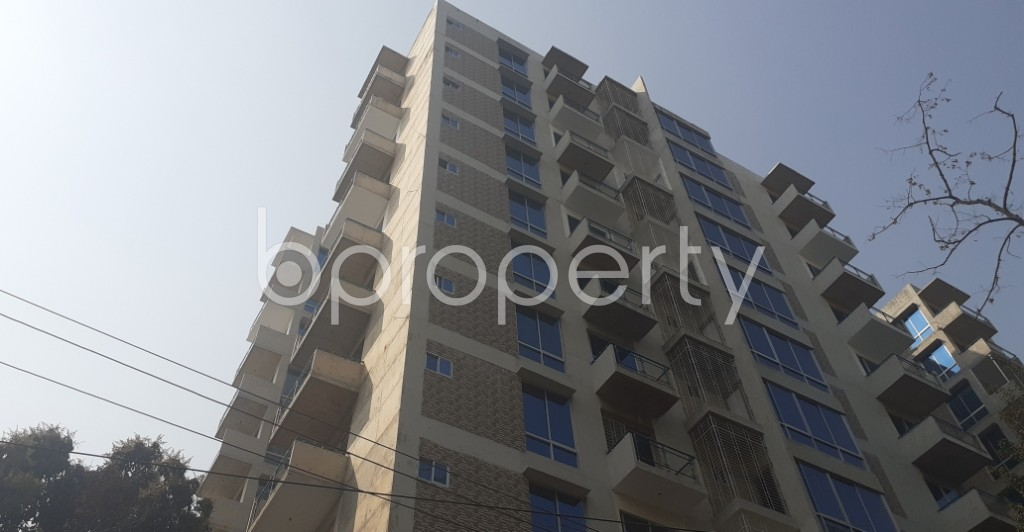 Front view - 4 Bed Apartment to Rent in Gulshan, Dhaka - 1995347