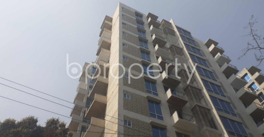 Front view - 4 Bed Apartment to Rent in Gulshan, Dhaka - 1995354