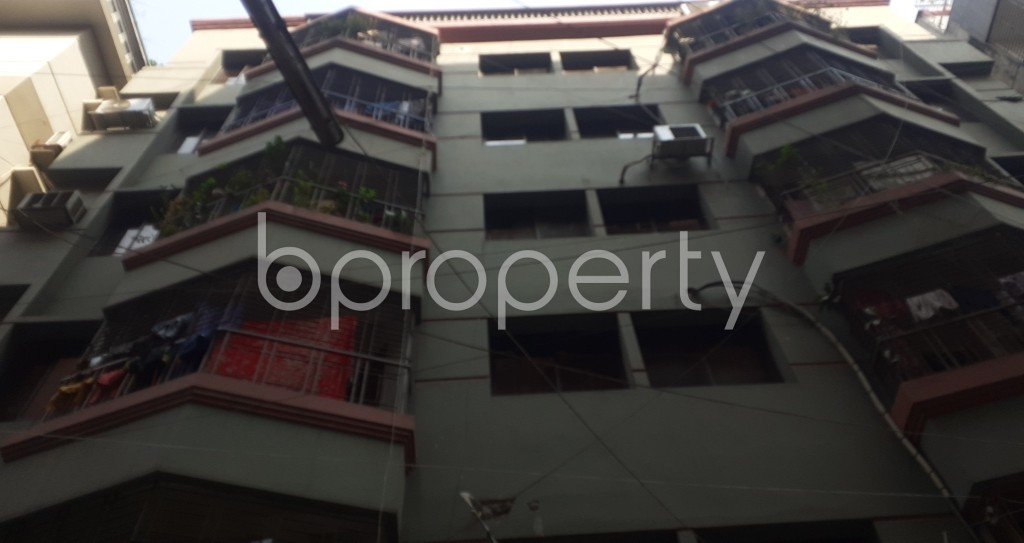 Front view - 3 Bed Apartment to Rent in Mohammadpur, Dhaka - 1995368
