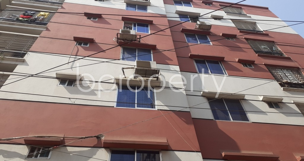 Front view - 3 Bed Apartment to Rent in Mohammadpur, Dhaka - 1995381
