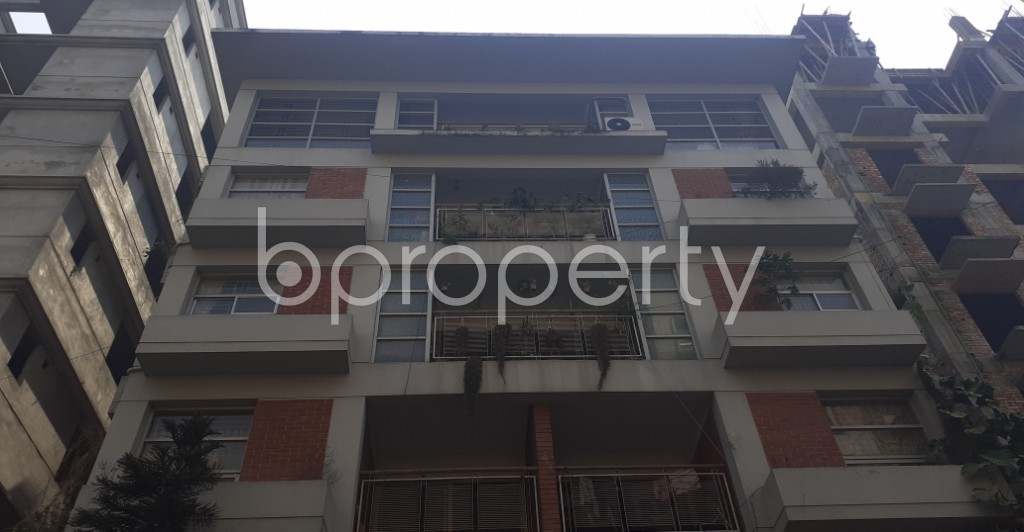 Front view - 3 Bed Apartment to Rent in Bashundhara R-A, Dhaka - 1995415