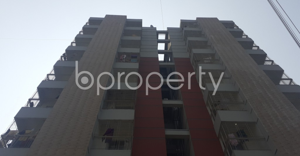 Front view - 4 Bed Apartment to Rent in Bashundhara R-A, Dhaka - 1995417