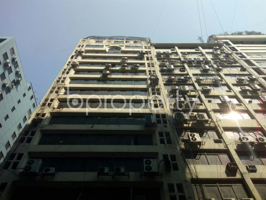 Front view - Office to Rent in Banani, Dhaka - 1995510