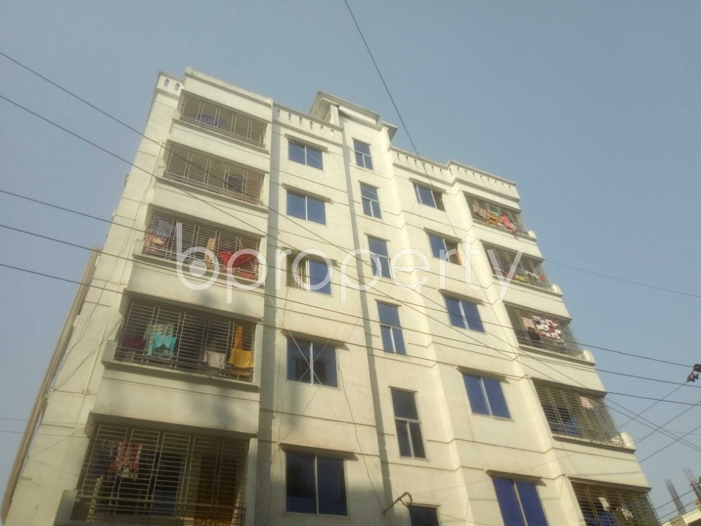 Front view - 3 Bed Apartment to Rent in Mirpur, Dhaka - 1995544