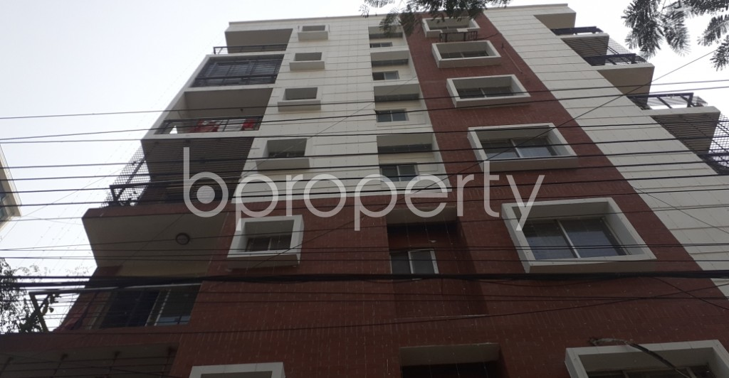Front view - 3 Bed Apartment to Rent in Bashundhara R-A, Dhaka - 1995557