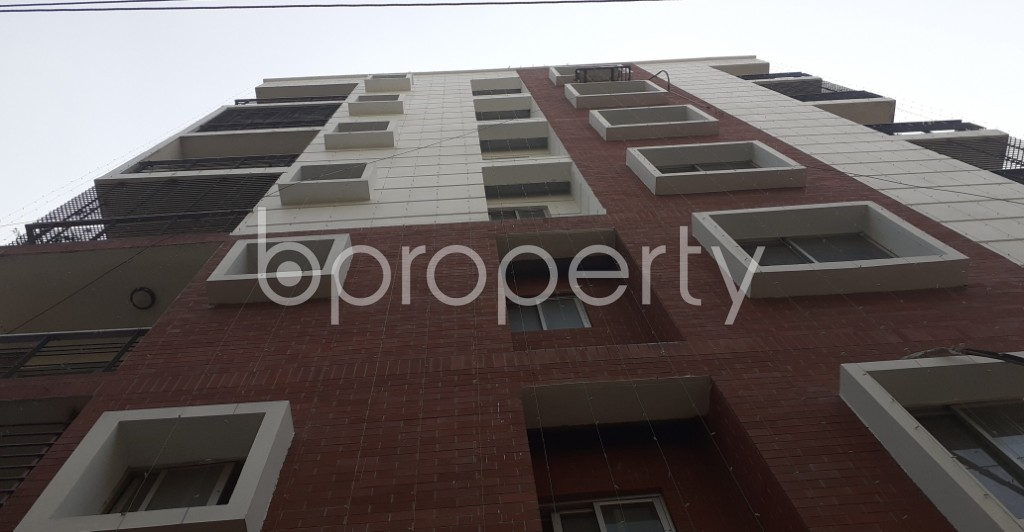 Front view - 3 Bed Apartment to Rent in Bashundhara R-A, Dhaka - 1995558