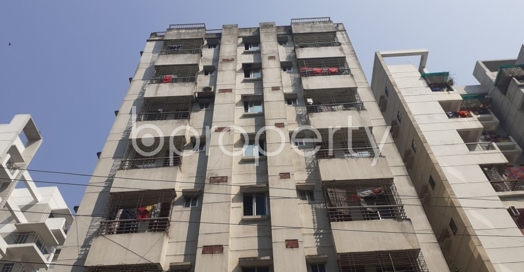 Front view - 3 Bed Apartment to Rent in Bashundhara R-A, Dhaka - 1995559