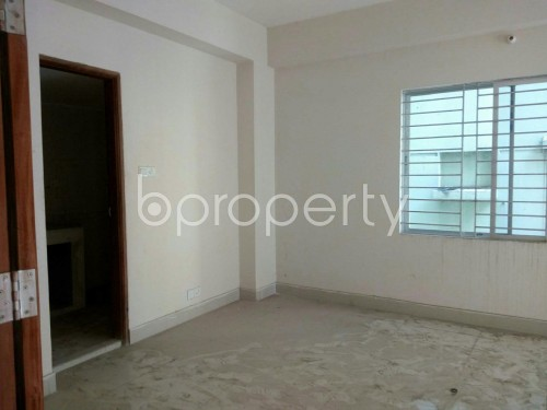 Image 1 - 4 Bed Apartment for Sale in Baridhara, Dhaka - 1737524