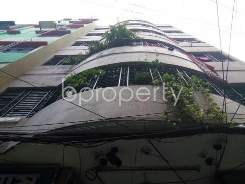 Front view - Shop to Rent in Kotwali, Dhaka - 1812989