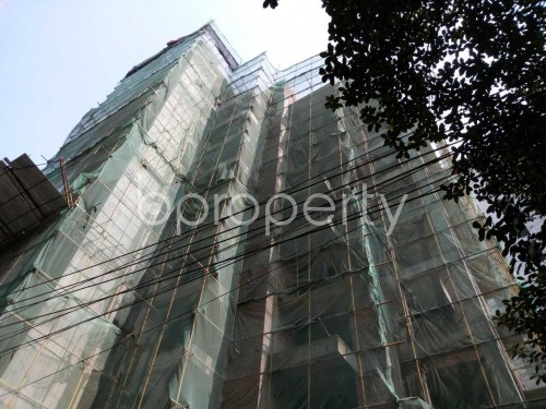 Outside view - 4 Bed Apartment for Sale in Gulshan, Dhaka - 1832325