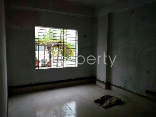 Empty Room - 3 Bed Apartment for Sale in Mohammadpur, Dhaka - 1842025