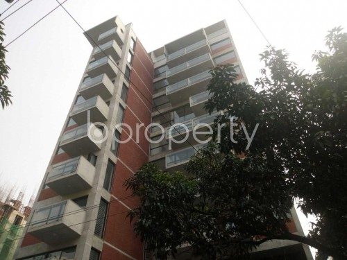 Front view - 3 Bed Apartment for Sale in Baridhara, Dhaka - 1844432