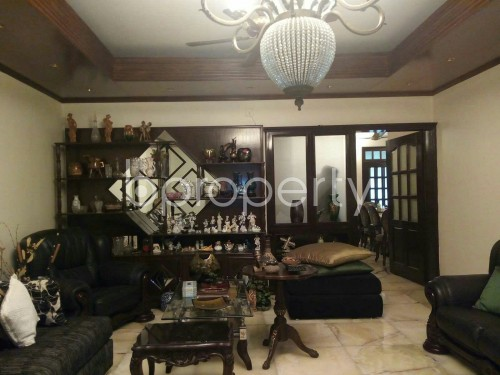 Empty Room - 3 Bed Apartment for Sale in Dhanmondi, Dhaka - 1853178