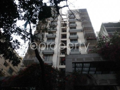 Front view - 3 Bed Apartment to Rent in Banani, Dhaka - 1855644