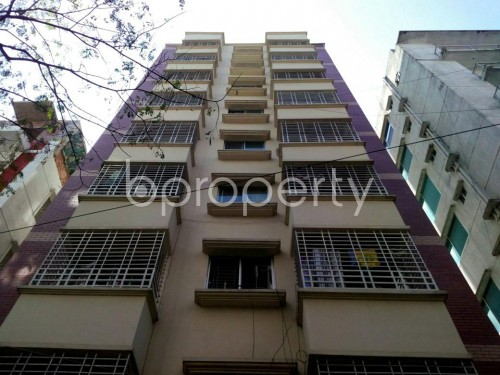 Front view - 3 Bed Apartment for Sale in Bashundhara R-A, Dhaka - 1857547