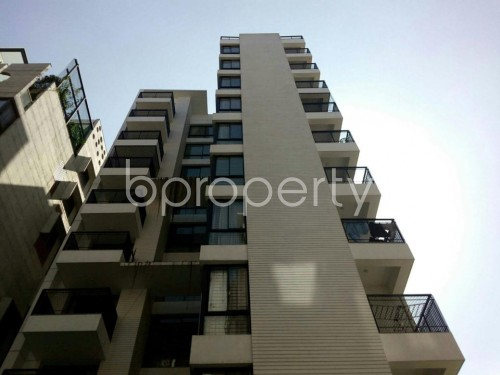 Front view - 4 Bed Apartment for Sale in Bashundhara R-A, Dhaka - 1857911