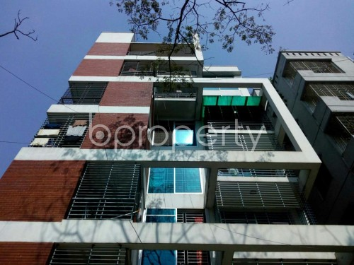 Front view - 3 Bed Apartment to Rent in Bashundhara R-A, Dhaka - 1858819