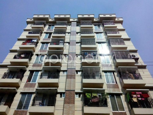 Front view - 3 Bed Apartment to Rent in Bashundhara R-A, Dhaka - 1859690