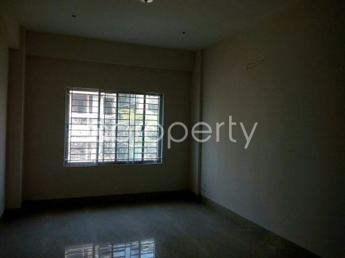 Empty Room - 3 Bed Apartment to Rent in Bashundhara R-A, Dhaka - 1859691