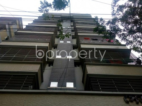 Front view - 2 Bed Apartment to Rent in Bashundhara R-A, Dhaka - 1859938