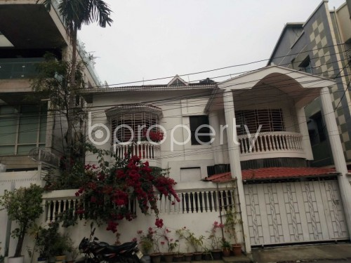 Outside view - 3 Bed Apartment to Rent in Nikunja, Dhaka - 1859947