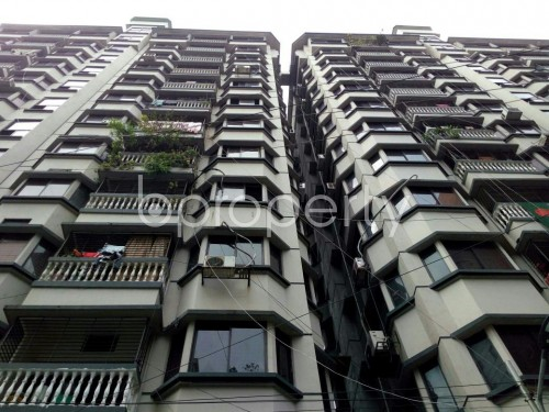Front view - 3 Bed Apartment to Rent in Dhanmondi, Dhaka - 1859982