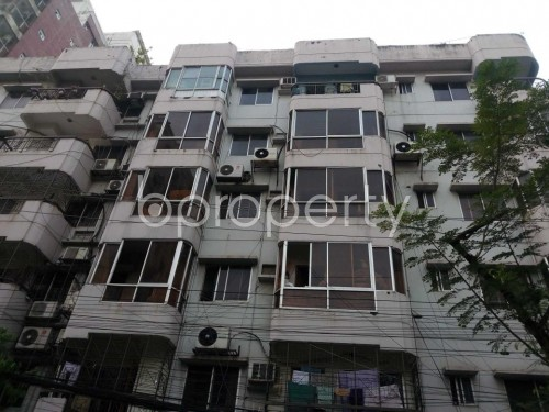 Front view - 3 Bed Apartment to Rent in Banani, Dhaka - 1860013