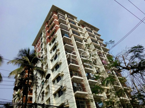 Outside view - 3 Bed Apartment to Rent in Dhanmondi, Dhaka - 1860202