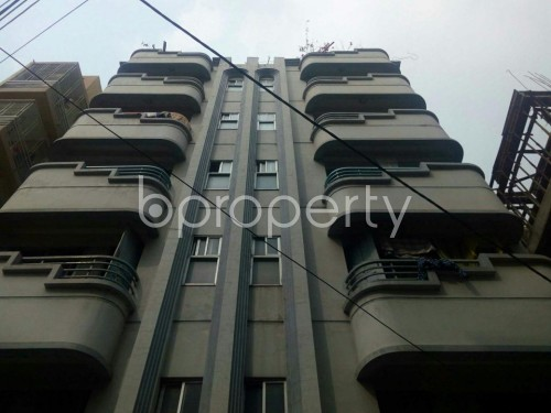 Front view - 2 Bed Apartment to Rent in Bashundhara R-A, Dhaka - 1860216