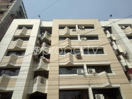 Front view - 3 Bed Apartment to Rent in Baridhara, Dhaka - 1860222