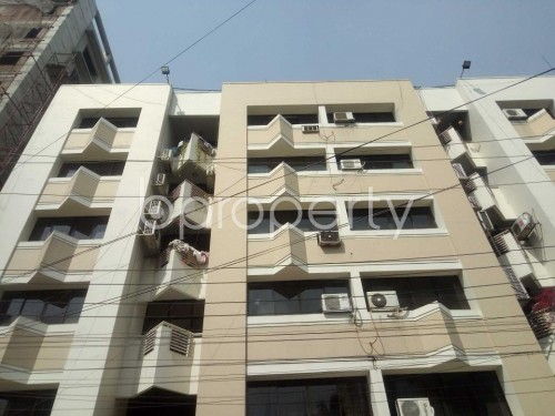Front view - 3 Bed Apartment to Rent in Baridhara, Dhaka - 1860228