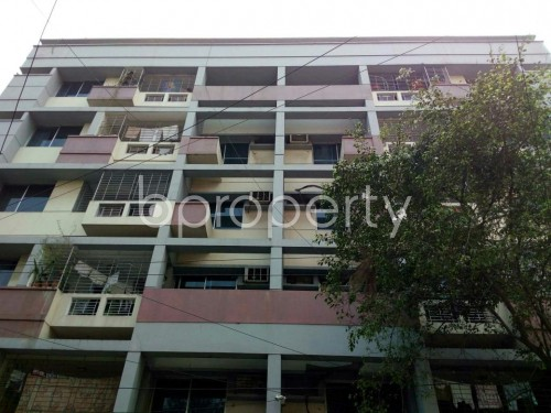 Front view - 3 Bed Apartment to Rent in Dhanmondi, Dhaka - 1860389