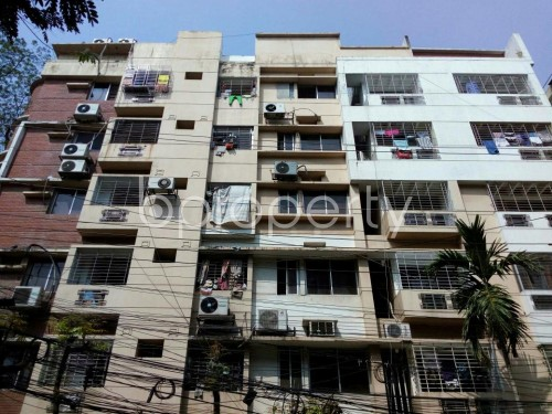 Front view - 3 Bed Apartment to Rent in Dhanmondi, Dhaka - 1860452