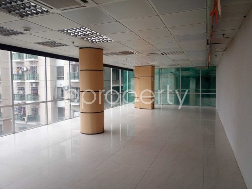 Commercial inside - Office to Rent in Gulshan, Dhaka - 1876182