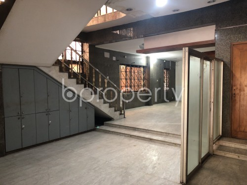 Commercial inside - Office to Rent in Dhanmondi, Dhaka - 1991928
